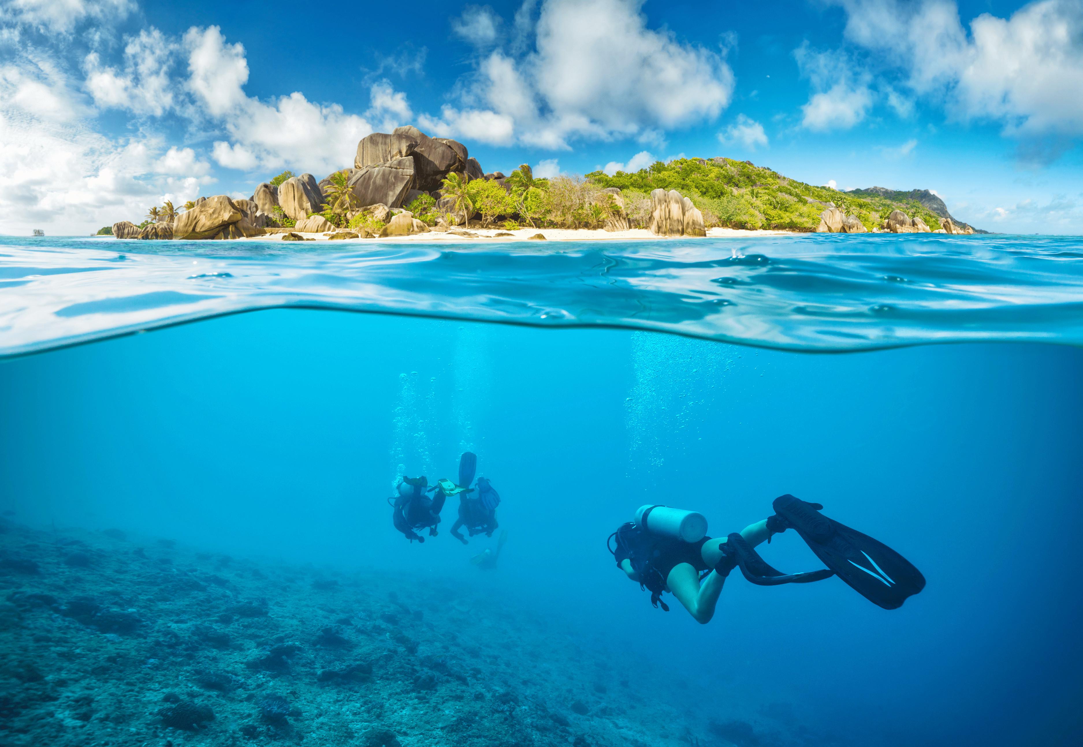 1599801469_scuba_diving_a_grand_island.png