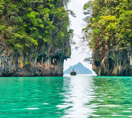 Hong Island Tour from Krabi Flat 20% off