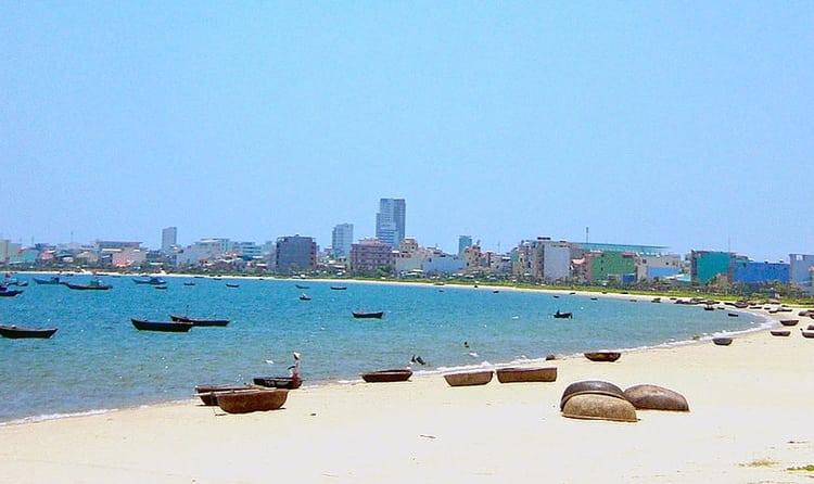 12xuan Thieu Beach