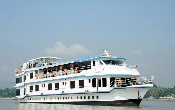 1538570401_alfresco-grand-river-cruise-guwahati-011.jpg