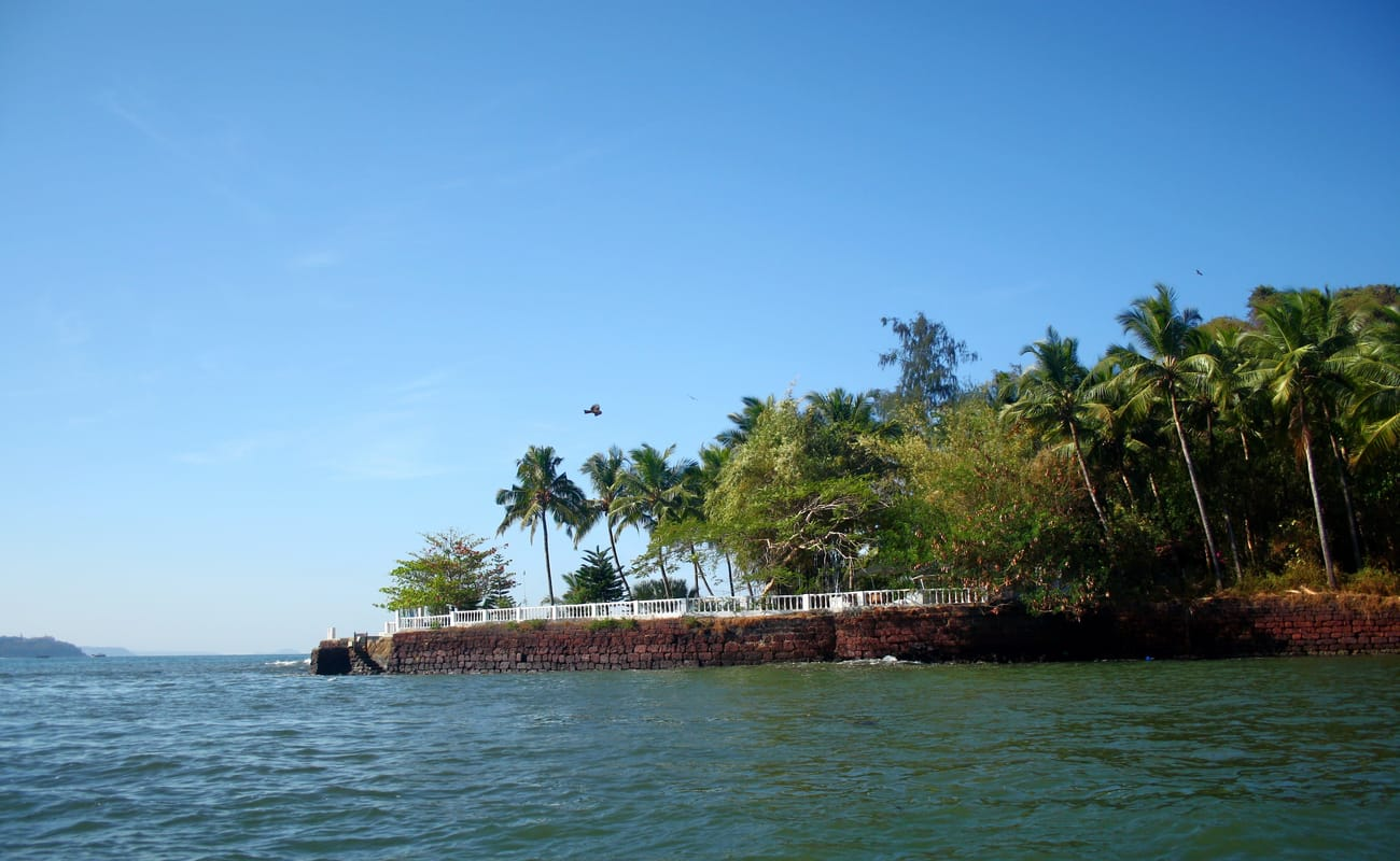 Paradise Island Trip From Majorda Beach In Goa Thrillophilia