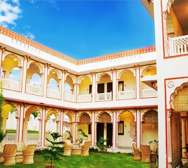 Stay at Sirsi Haveli in Jaipur
