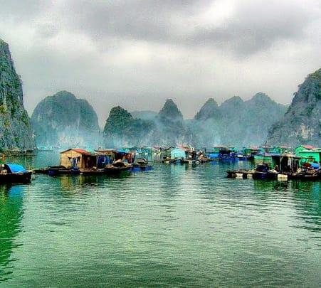 Halong Bay Day Cruise in Vietnam