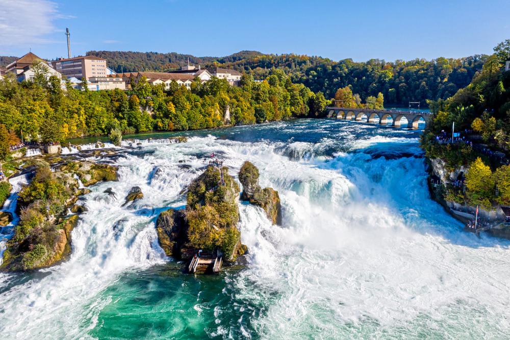 1594476683_rhine_falls.jpg