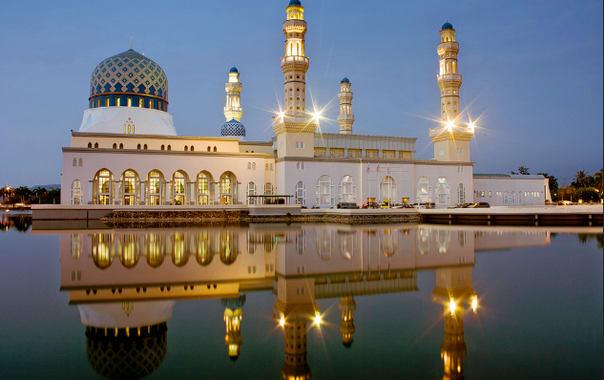 1464083709_kota_kinabalu_city_mosque1.png