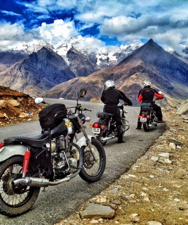 1511425968_ladakh_bikers_paradise.jpg