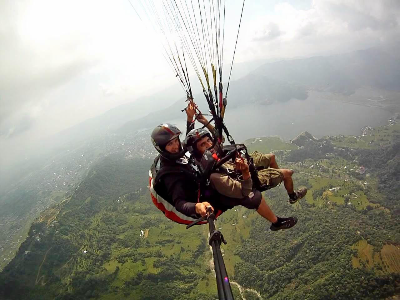 1513076487_paragliding_in_rishikesh.jpg