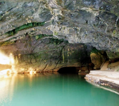 Cruise in Phong Nha Cave and Helicopter Ride to Quang Binh