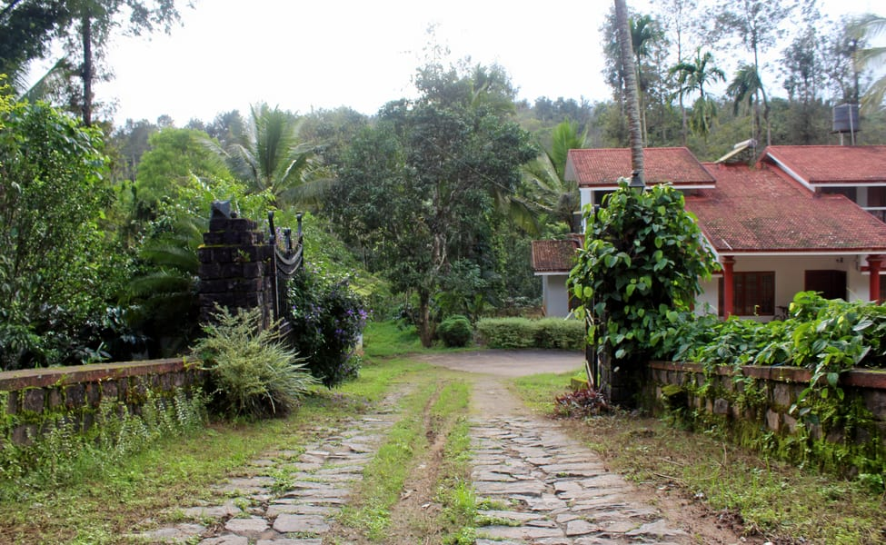 Homestay With Plantation Walk At Coorg