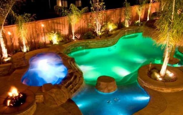 1462886188_dream-backyard-led-pool-lighting.jpg