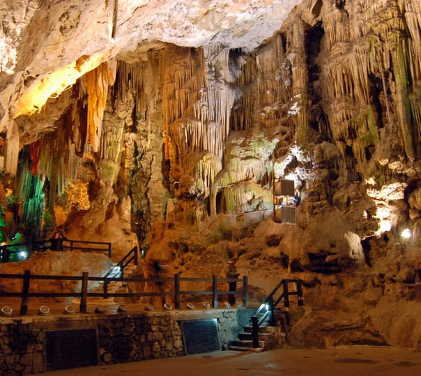 Explore Thien Duong (paradise) Cave Via Helicopter Ride