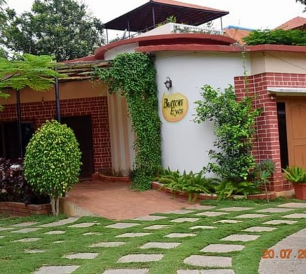 Stay at Button Eyes Resort, Hyderabad