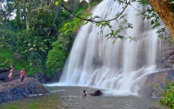 1566207726_1554205306_1280px-chelavara_water_falls.jpg.jpg