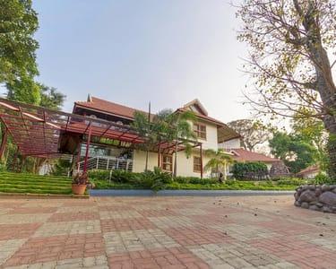 Heritage Luxury Resort in Chikmaglur