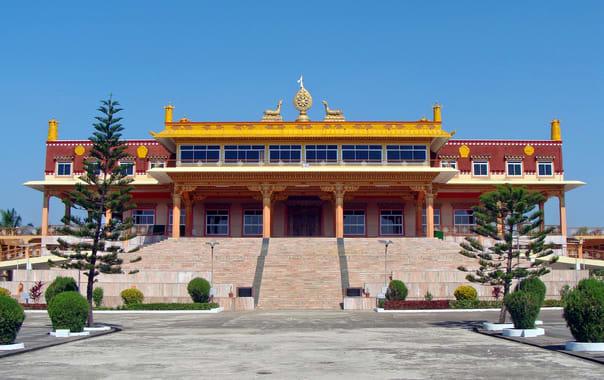 Mini-tibet-monastery-mundgod-wallpaper.jpg