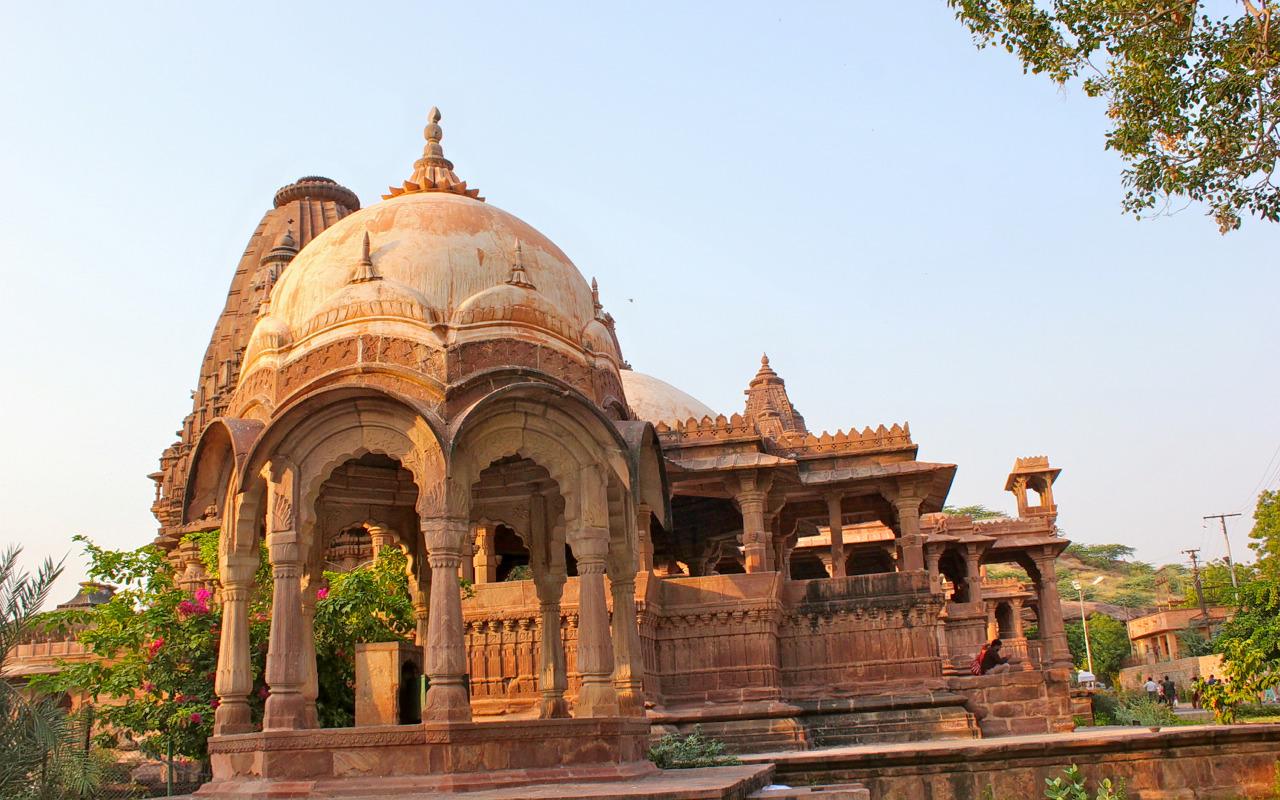 1541528271_jodhpur_cenotaph_mandore_gardens_rajasthan_india.jpg