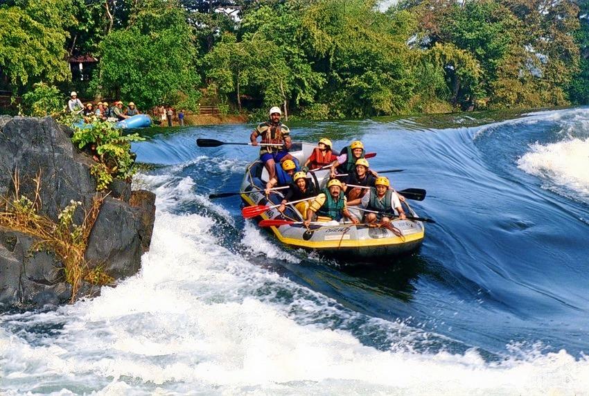 Barapole_river_rafting_(5).jpg