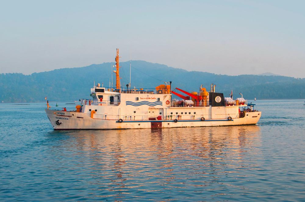 1537343820_ferry_to_havelock_island_andaman.jpg