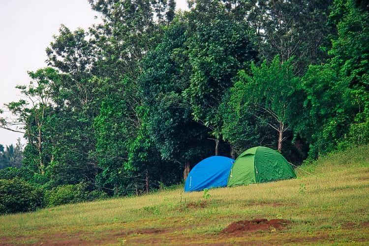 Tents_(copy).jpg