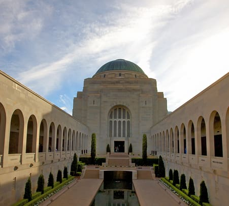 Day Tour to Canberra