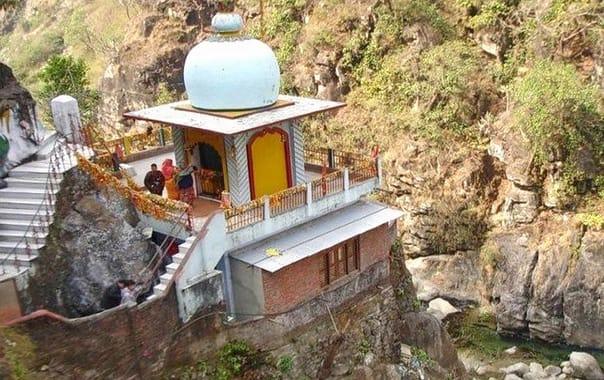 1571234433_durga-devi-temple.jpg