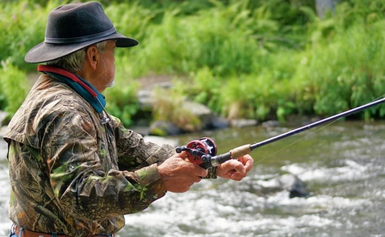 Fishing at beas river in himachal pradesh thrillophilia for Iowa fishing license cost