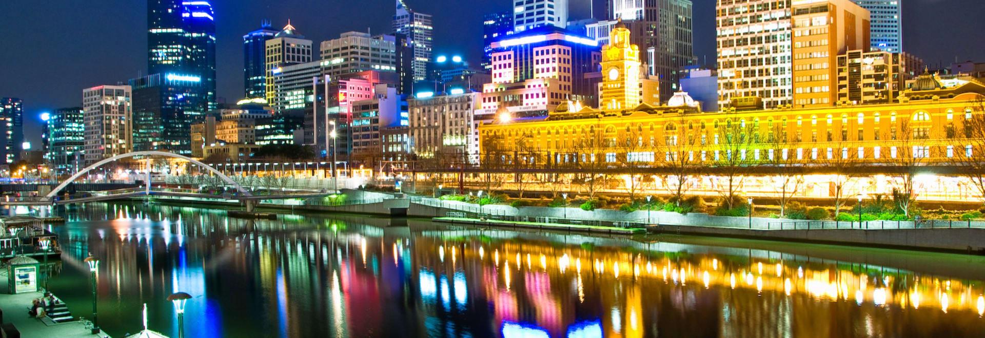 1493122418_melbourne__australia_by_night.jpg