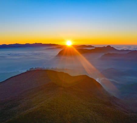 Adam's Peak Hiking Srilanka