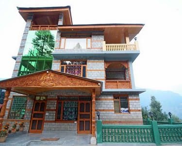 Homestay Nestled in Hampta Valley, Manali