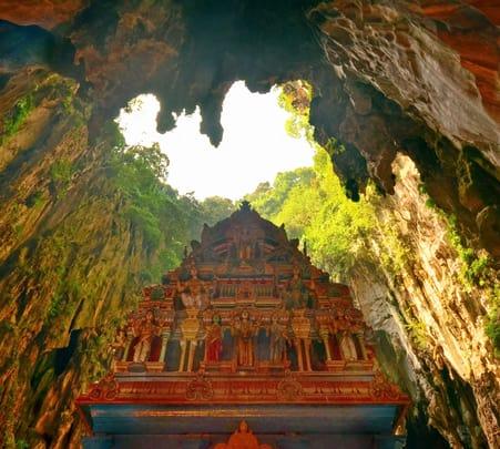 Batu Caves, Royal Selangor and Batik Factory Tour