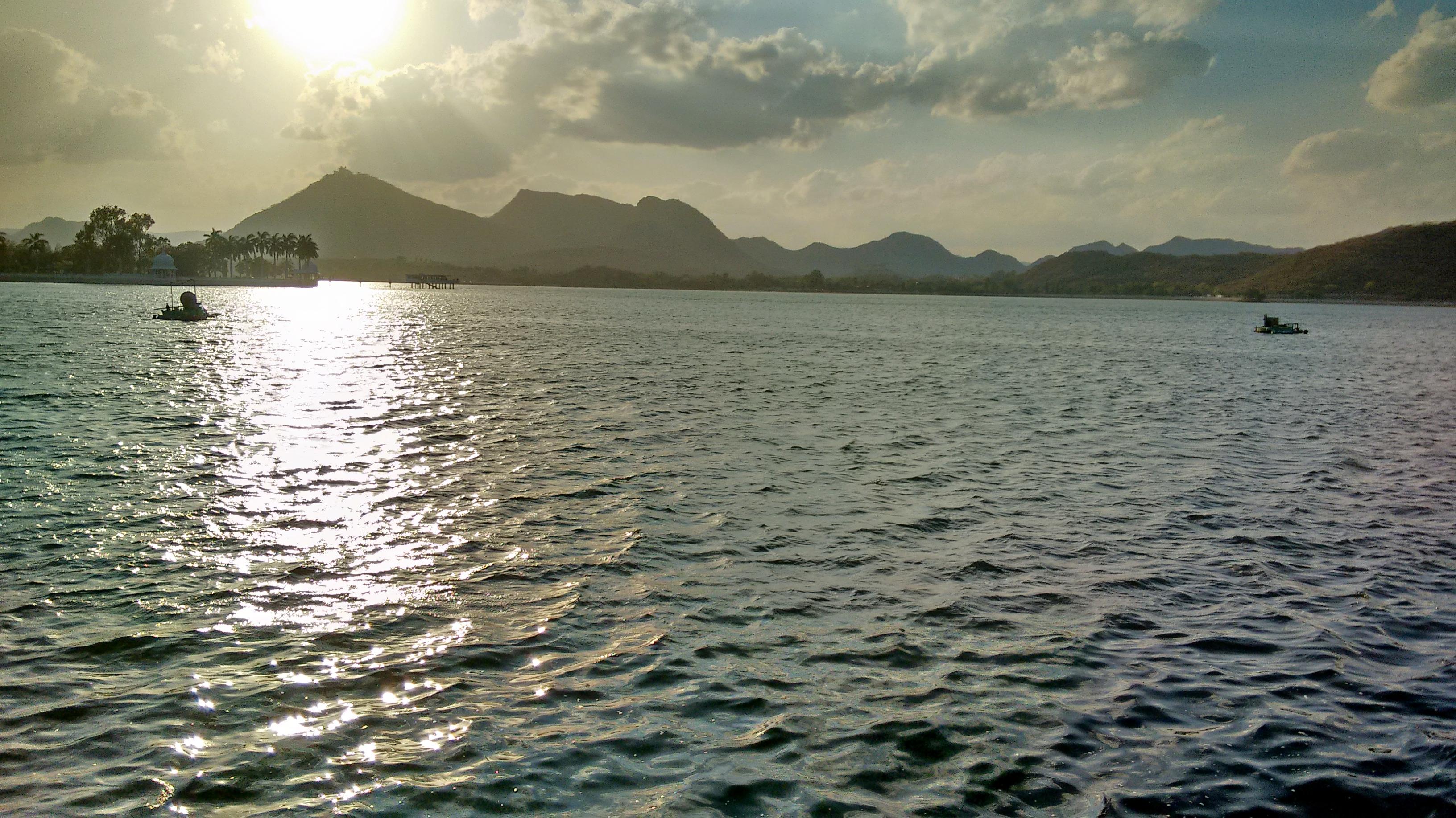 1539612054_fateh_sagar_lake_udaipur.jpg