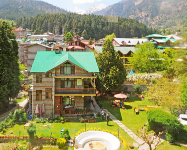 Johnson Lodge Manali Stay @ Flat 25% off | Book Now!