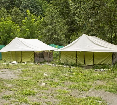 Riverside Stay Experience in Manali Flat 25% off