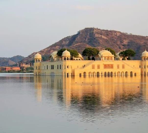 Two Day Agra Tour with Jaipur