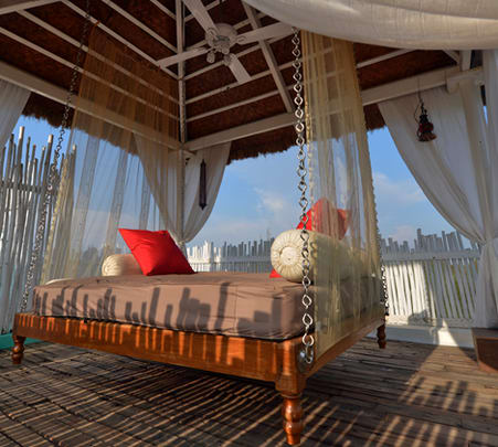 Rooftop Dining Experience for Couples