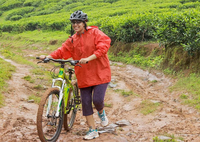 1476868170_cycling_in_wayanad_30.png
