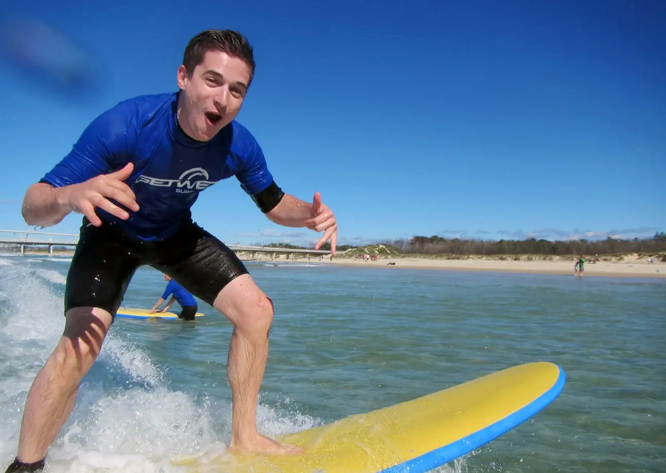 1579328360_surf_experience_in_gold_coast_klook(2).png