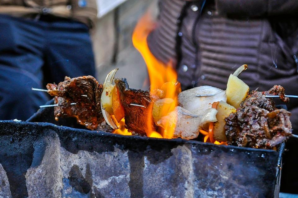 1465825153_barbecue-1078620_960_720.jpg
