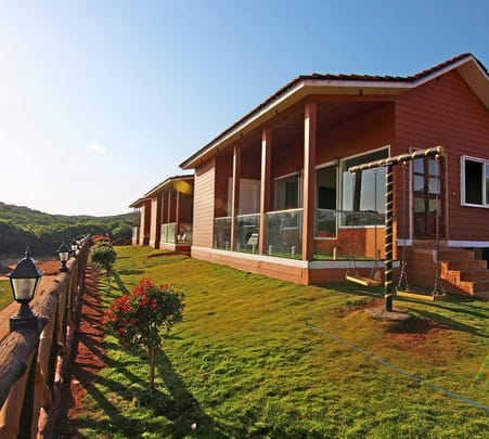 Resort Amidst Forest, Mahabaleshwar Flat 11% off