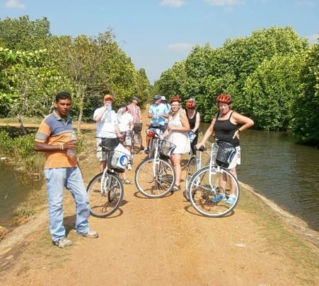 Family Cycling Tour in Galle