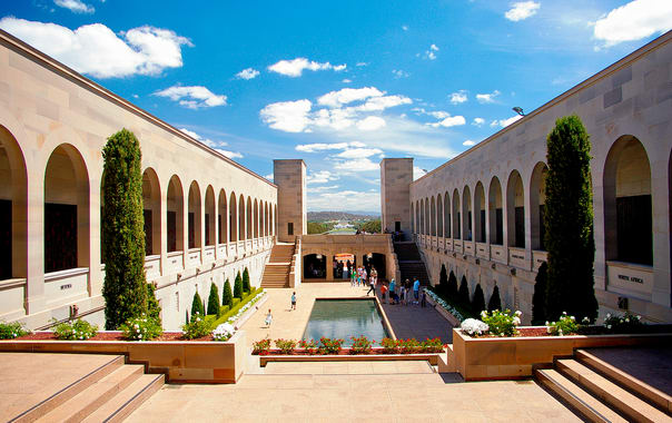 1466677731_australian_war_memorial_courtyard.jpg