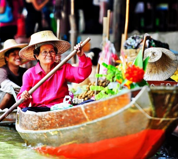 Day Out to Floating Market and Fishing Village