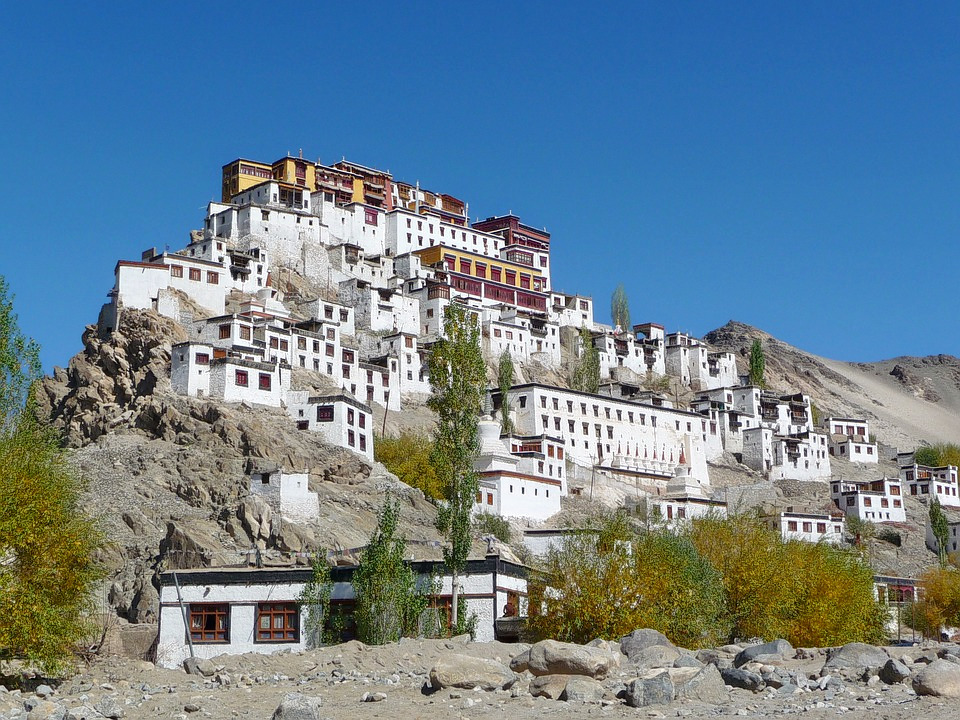 1487148111_monastery-397885_960_720.jpg