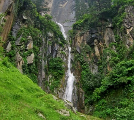 Day Trek to Jogini Waterfalls
