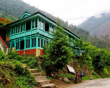 Riverside Homestay in Tirthan Valley Flat 40% off
