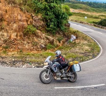 Motorcycle Tour to Munnar