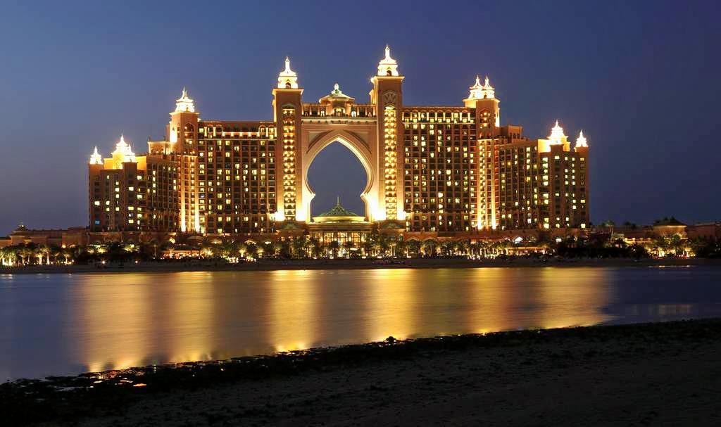 1511331435_dubai-sightseeing-tour-including-burj-khalifa-admission-and-afternoon-tea-at-atlantis-the-palm-635835215461748324.jpg