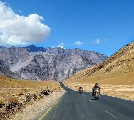 6 Days Leh Ladakh Biking Tour Package