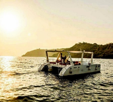 Luxury Cruise with Gala Dinner in Goa