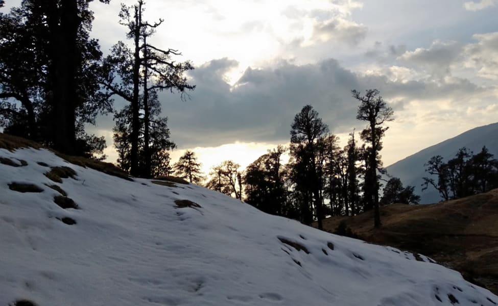 Best time to go for brahmatal trek